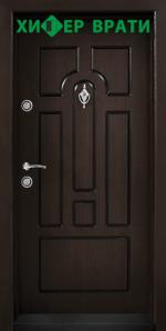 Блиндирана входна врата модел Т-108