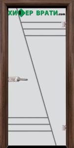 Стъклена интериорна врата модел Gravur G 13-4, каса Орех