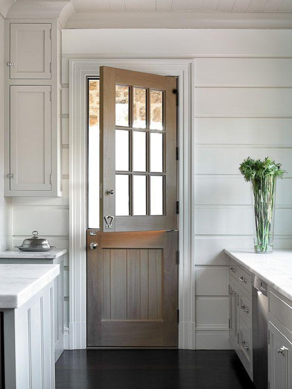 Врата за кухня